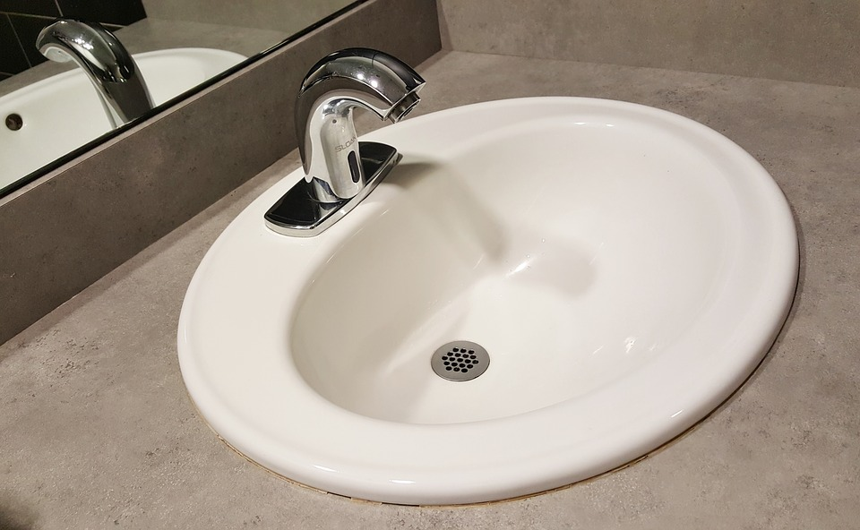 Tips to unclog sink